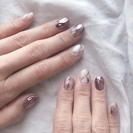ミラーネイル ピンク デザイン